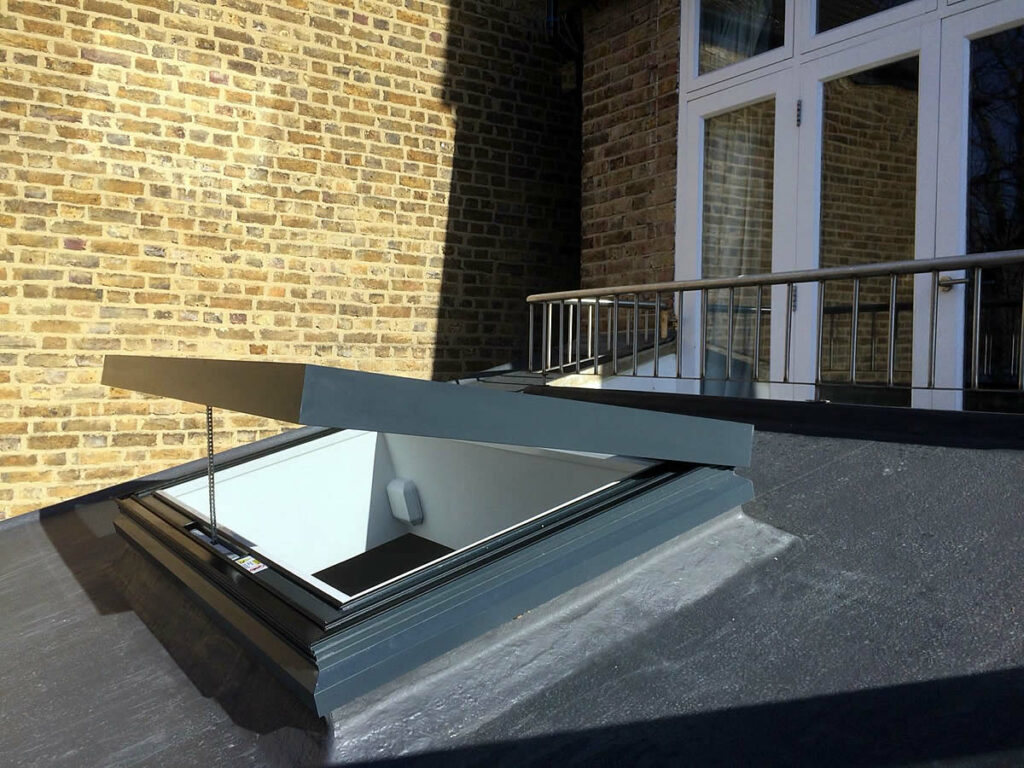 Flat Rooflight Electric Opening